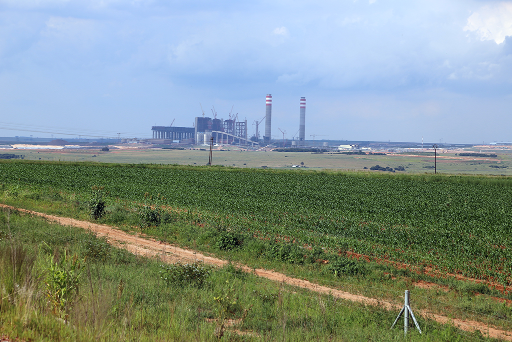 Kusile and Medupi power stations dogged by further delays | eNCA
