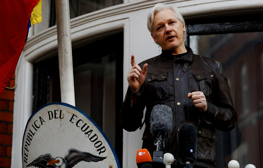 web_photo_Julian_Assange_11012018