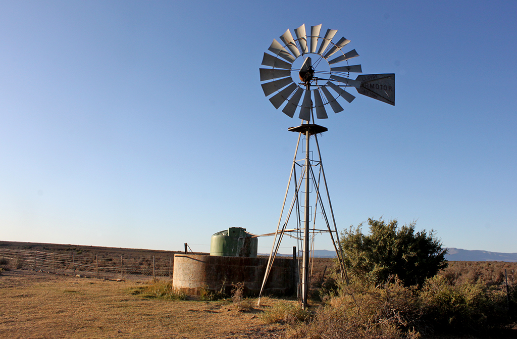 WEB_PHOTO_URANIUM_KAROO_WINDMILL_07092016