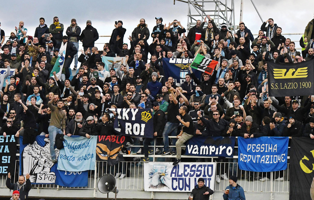 215af35ca94 Lazio fans blasted for stickers of Anne Frank in Roma jersey