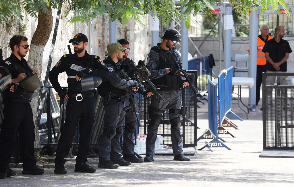 Jew Detector: Israel Says Jerusalem Mosque Metal Detectors To Stay