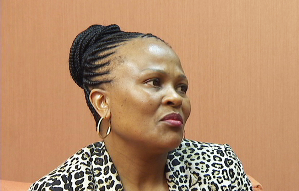 WEB_PHOTO_MKHWEBANE_THREATS_08092017
