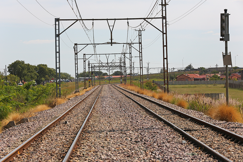 File: 100 injured after two passenger trains collided in Selby, Johannesburg.