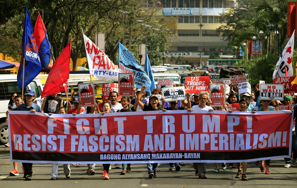 WEB_PHOTO_TRUMP__PHILIPPINES_PROTEST_04_02_2017