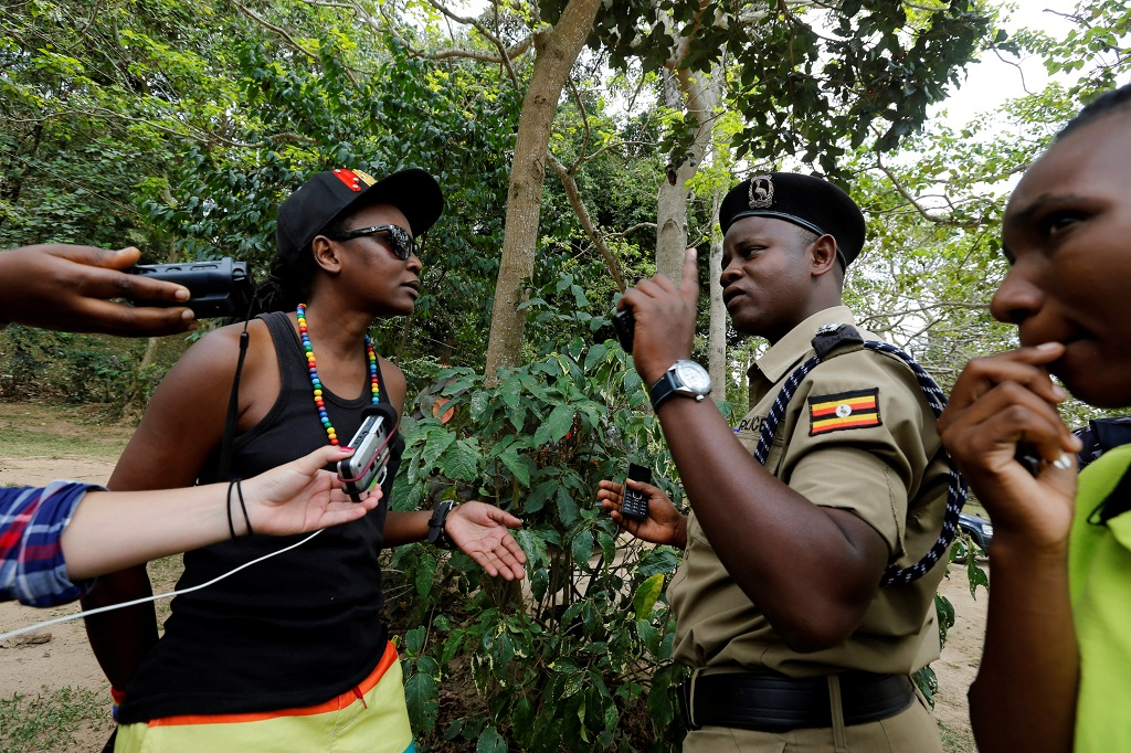 WEB_PHOTO_UGANDA_POLICE_GAY_PRIDE_24_09_2016