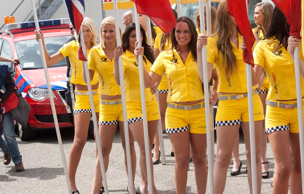 Monaco Wants Grid Girls Back At 2018 F1 Race Enca