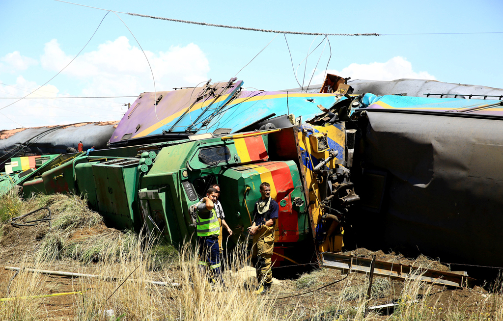 web_photo_train crash_05012018