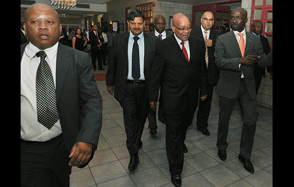 web_photo_Zuma_Atul_Gupta_Gigaba_290316