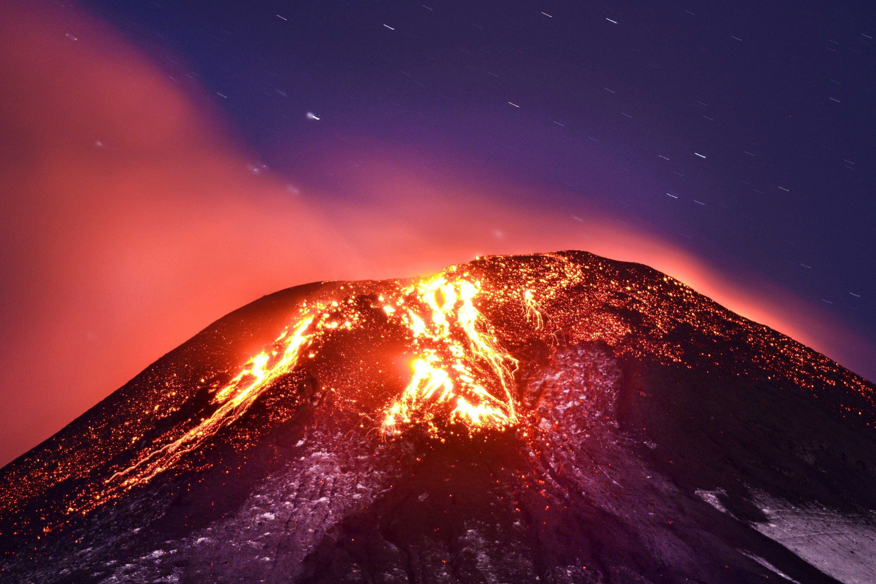 Volcanoes in Japan. In the power of the ring of fire 88