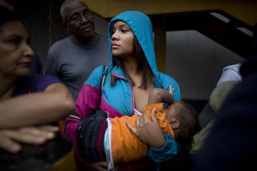 WEB_PHOTO_VENEZUELA_FOOD_CRISIS_120716