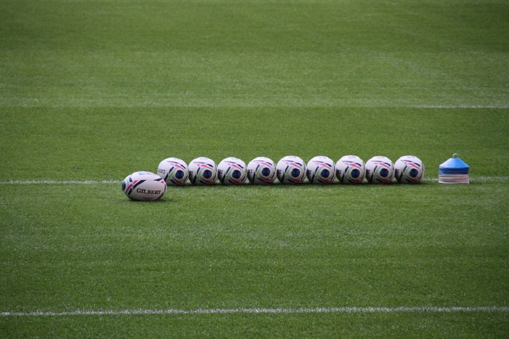 web_photo_rugby_balls_250917