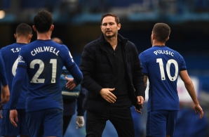 Chelsea's English head coach Frank Lampard (C) reacts at the final whistle during the English Premier League football match between Chelsea and Crystal Palace at Stamford Bridge in London on October 3, 2020.
