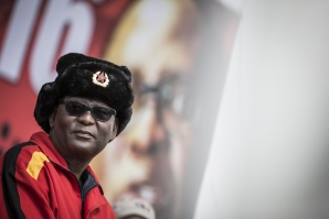 File: South African Federation of Trade Unions General-Secretary Zwelinzima Vavi. (AFP)