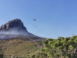 Jonkershoek valley wildfire