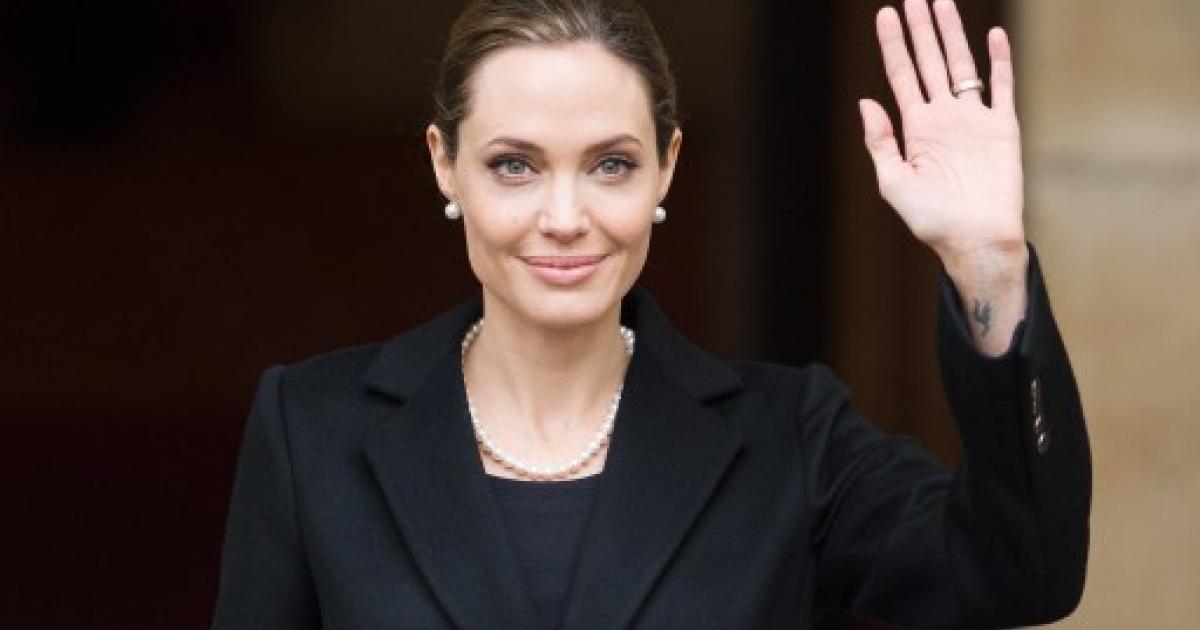 Angelina jolie takes it anal