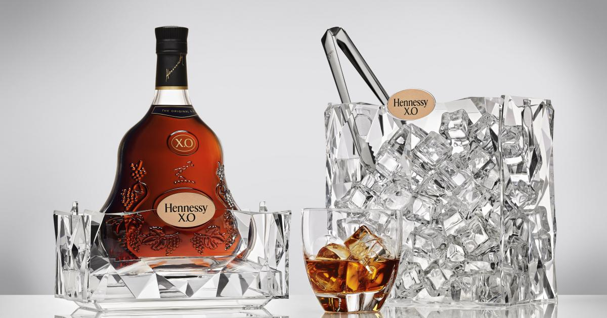 Hennessy Presents Hennessy X O Ice For The Holidays Enca