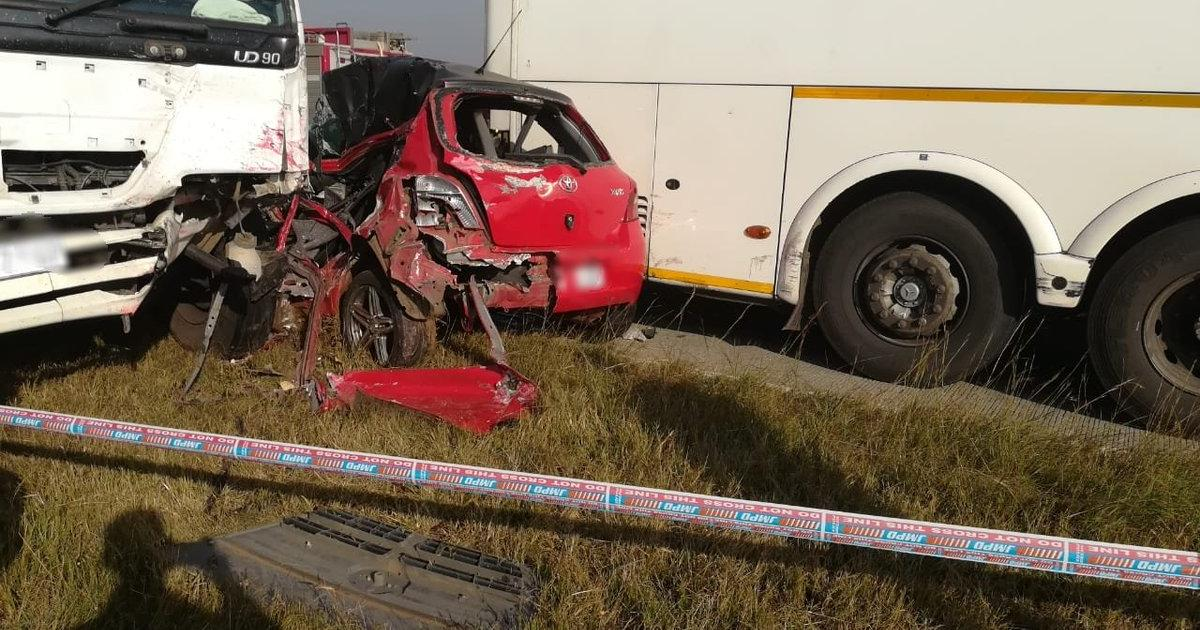 Four killed in horrific Grasmere car crash | eNCA