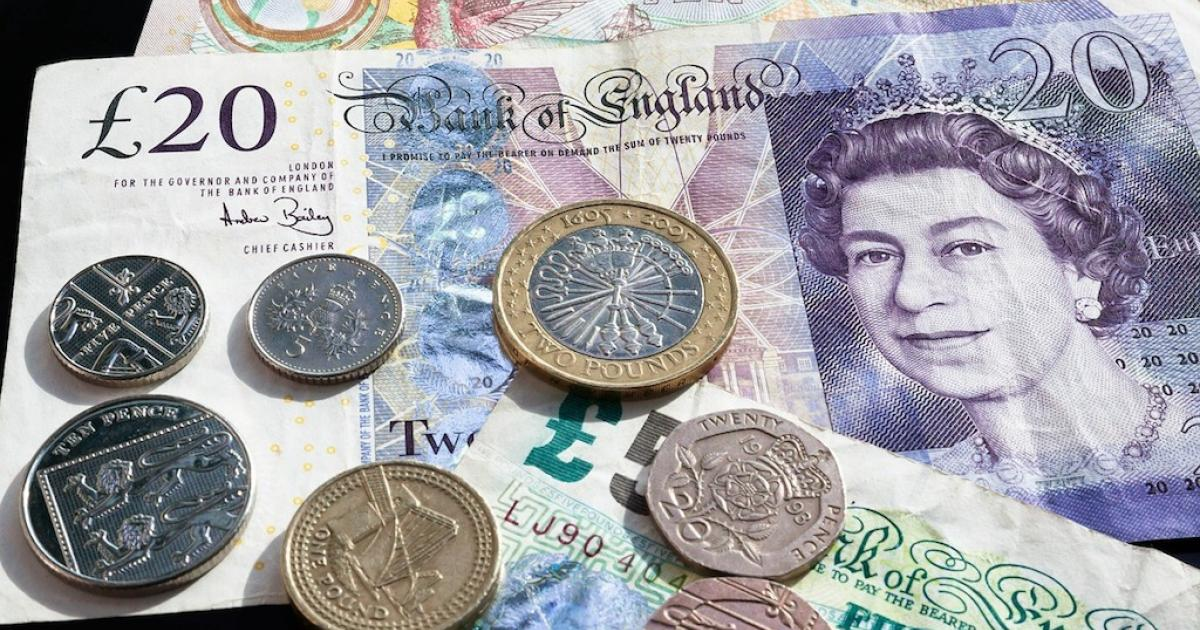 Pound slides on Brexit woes