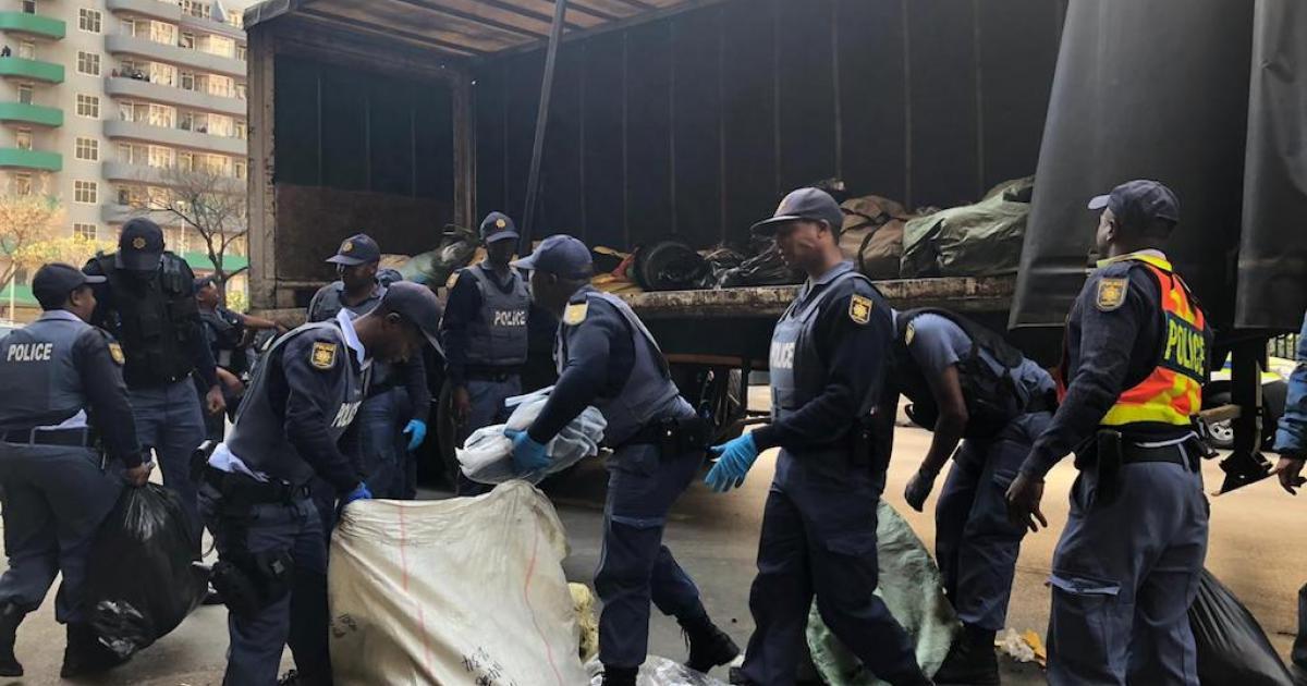 Mashaba ontken CBD-klopjagte op Afrika-migrante - eNCA