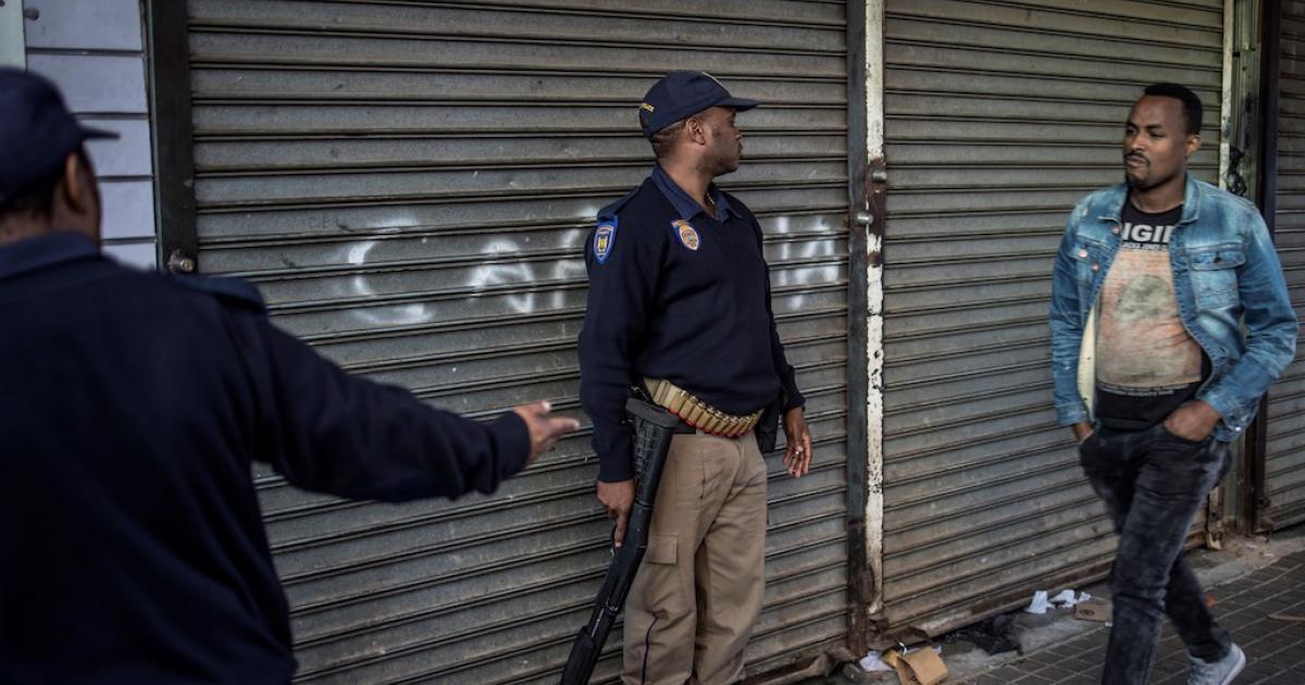 Verkopers van Joburg vra vir samesprekings ná gewelddadige botsings - eNCA