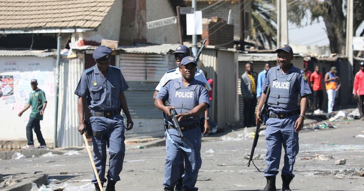 Een dood, vyf beseer in botsings in die CBD van Joburg - eNCA