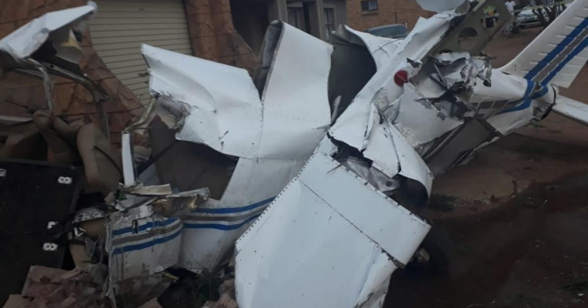Vlieënier dood na vliegtuigongelukke in huise in Noordwes - eNCA