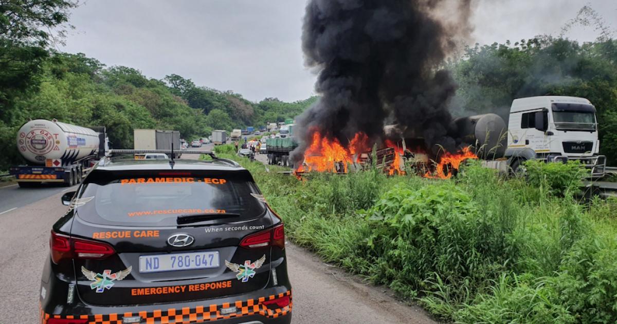 One dead, 15 injured in horrific Durban crash - eNCA