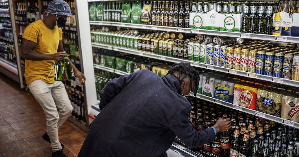 Liquor traders cry out for help - eNCA