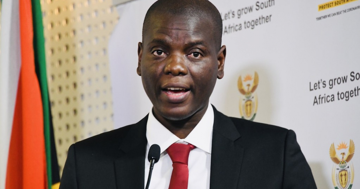 Lamola urges Magashule to bring proof of law enforcement interference - eNCA