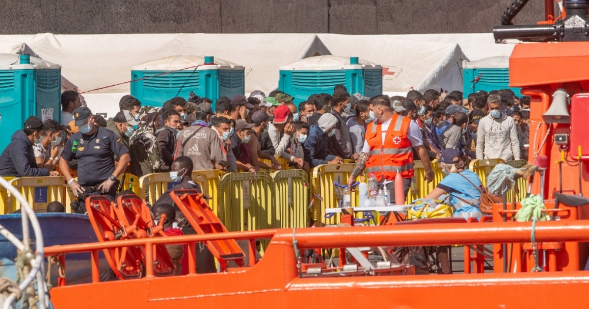 Dozens of migrants scale fence into Spain's Melilla enclave