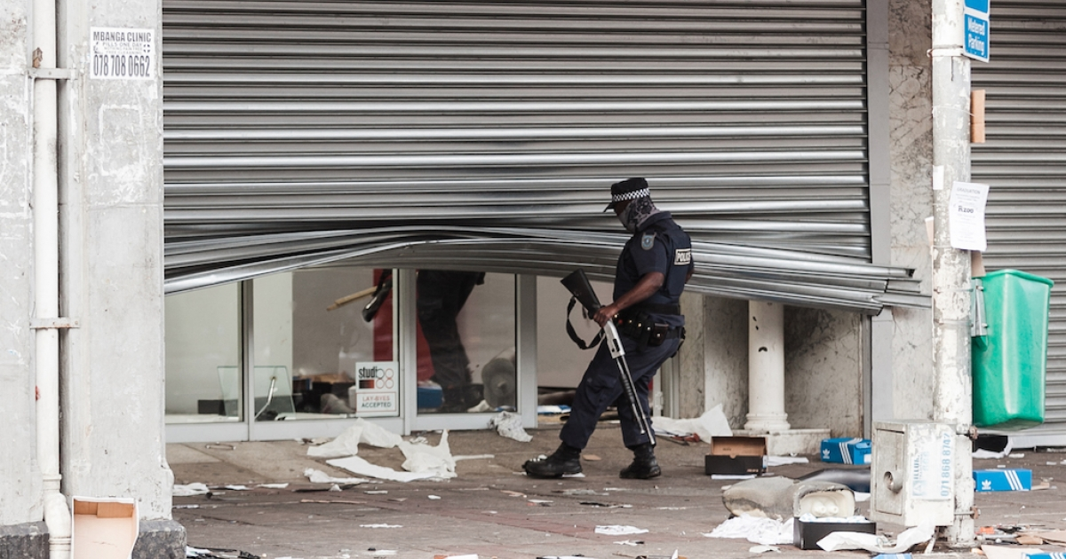 Violence in SA   New rules gazetted for unrest cases - eNCA