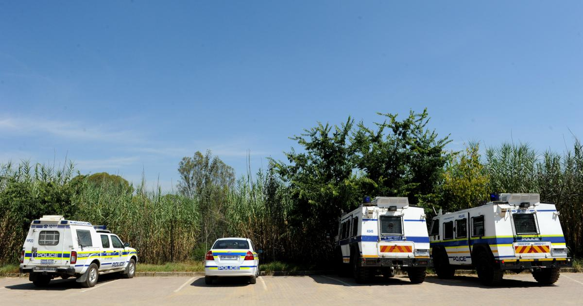 Police officers still in the service despite corruption charges - eNCA