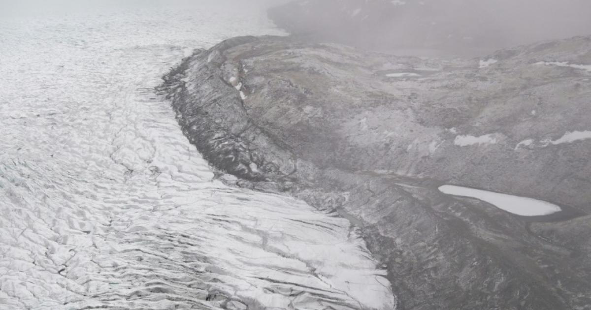 Heatwave causes massive melt of Greenland ice sheet
