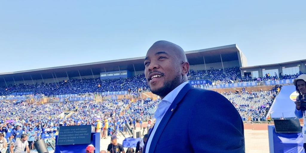 Maimane fights back amid allegations