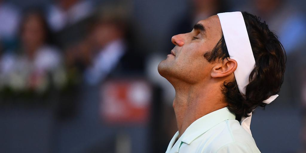 Federer looks to Wimbledon after winning 10th Halle title