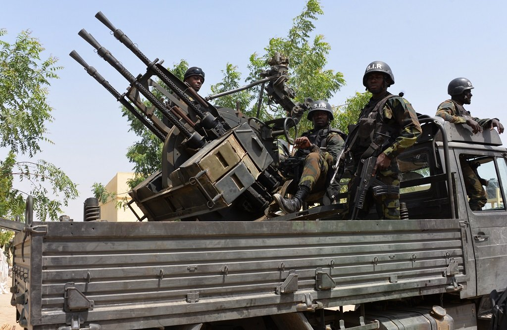 web_photo_Cameroon_soldiers_06062017