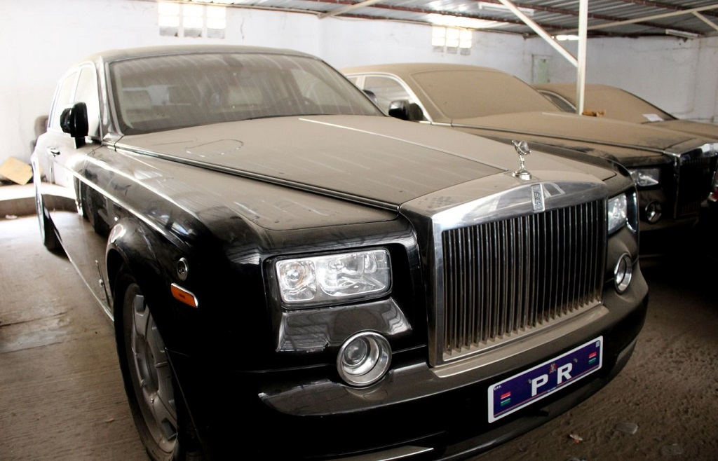 pics ex gambia president s luxury cars private jets on sale enca
