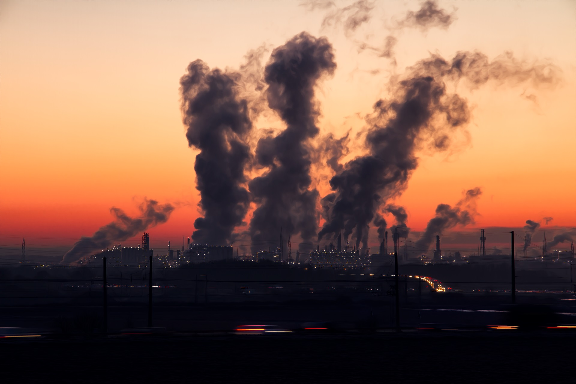web_photo_air_pollution_factory_030318