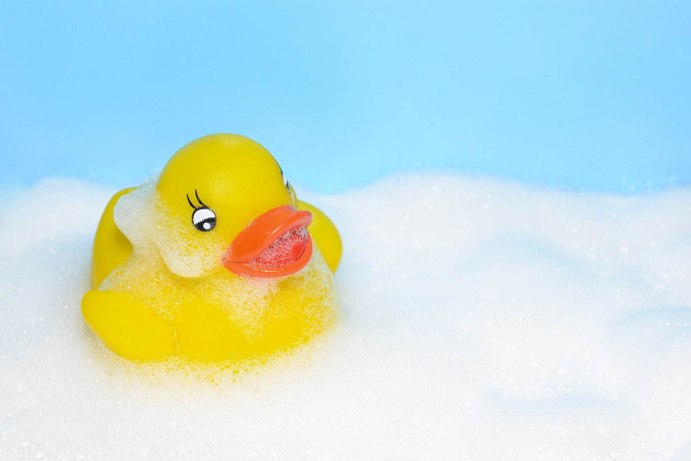 Study reveals \'the dark side\' of a rubber duck in the bath | eNCA